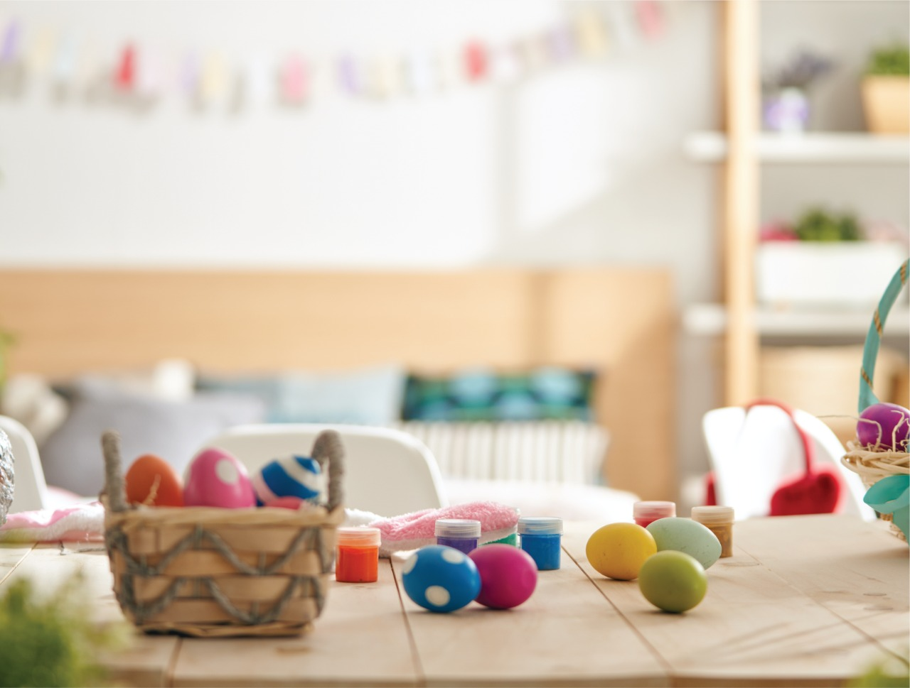 Allsopp and Allsopp Have an Indoor Easter Egg Hunt