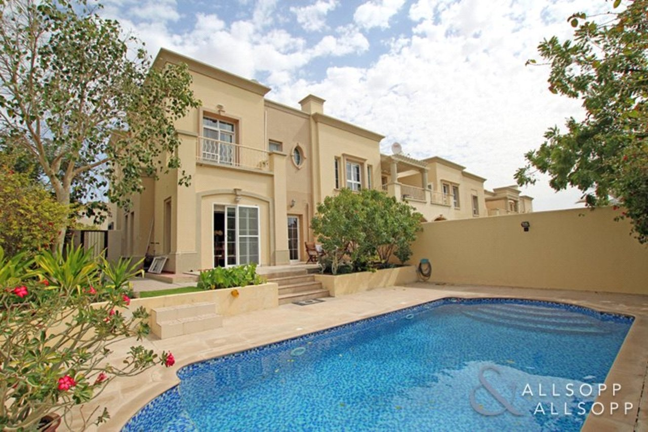 Allsopp and Allsopp Properties for sale with a Private Pool in Dubai Main Photo 3