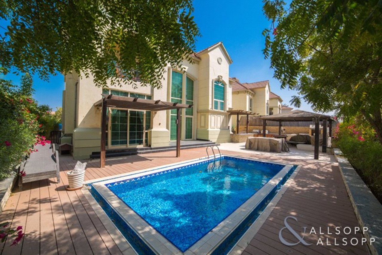 Allsopp and Allsopp Properties for sale with a Private Pool in Dubai Main Photo 7